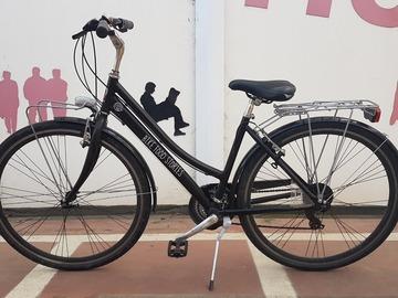 City Bike Donna - Noleggio Bici Parma