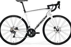 Affitto con pagamento online: MERIDA SCULTURA DISC 5000- Noleggio bici da corsa Canazei, Trento