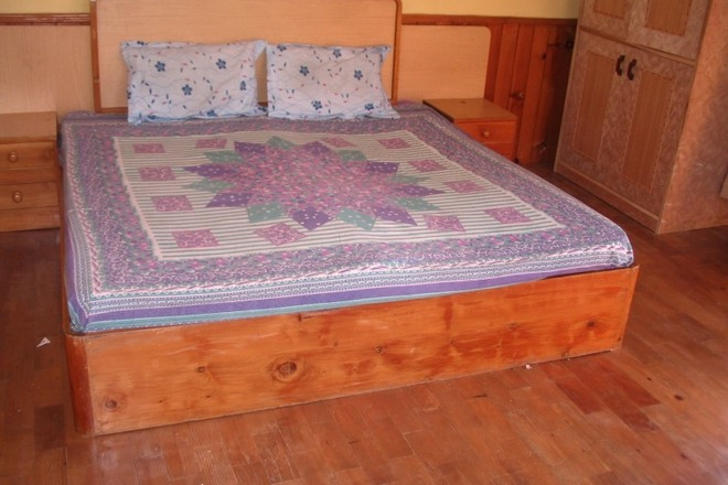 Renting out: Homestay in middle of  KULLU - MANALI , HP