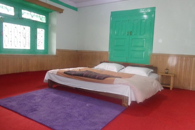 Renting out: HAMPTAN HOMESTAY IN SHURU,MANALI,HIMACHAL - KULLU , HP