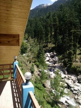 Renting out: Relax by River side away from Crowd HOMESTAY IN JAGATSUKH ,MANALI
