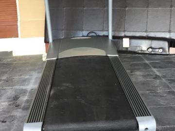 Sell: Vision 9600 Treadmill