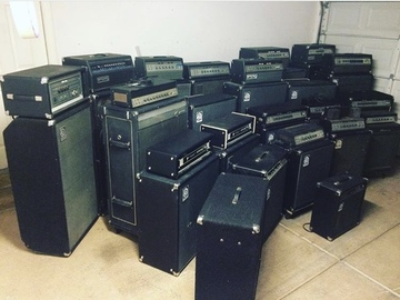 Rent : Ampeg amplifiers