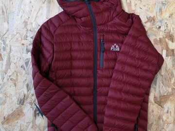 Selling: Fjern Down Jacket Red