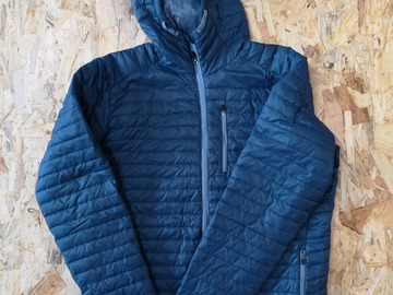 Selling: Isobaa Insulated Merino