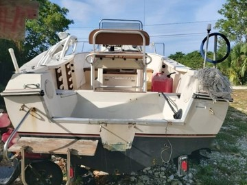 20ft Remingcraft Boat