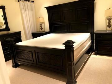 Sell: Luxury Bedroom Set