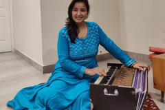 Class: Learn to play Harmonium with Classical Vocals