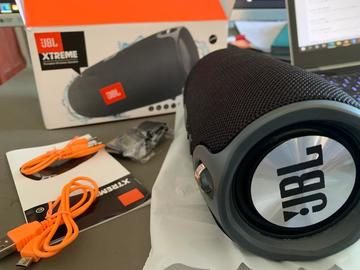 Sell: JBL Splashproof Wireless Speaker