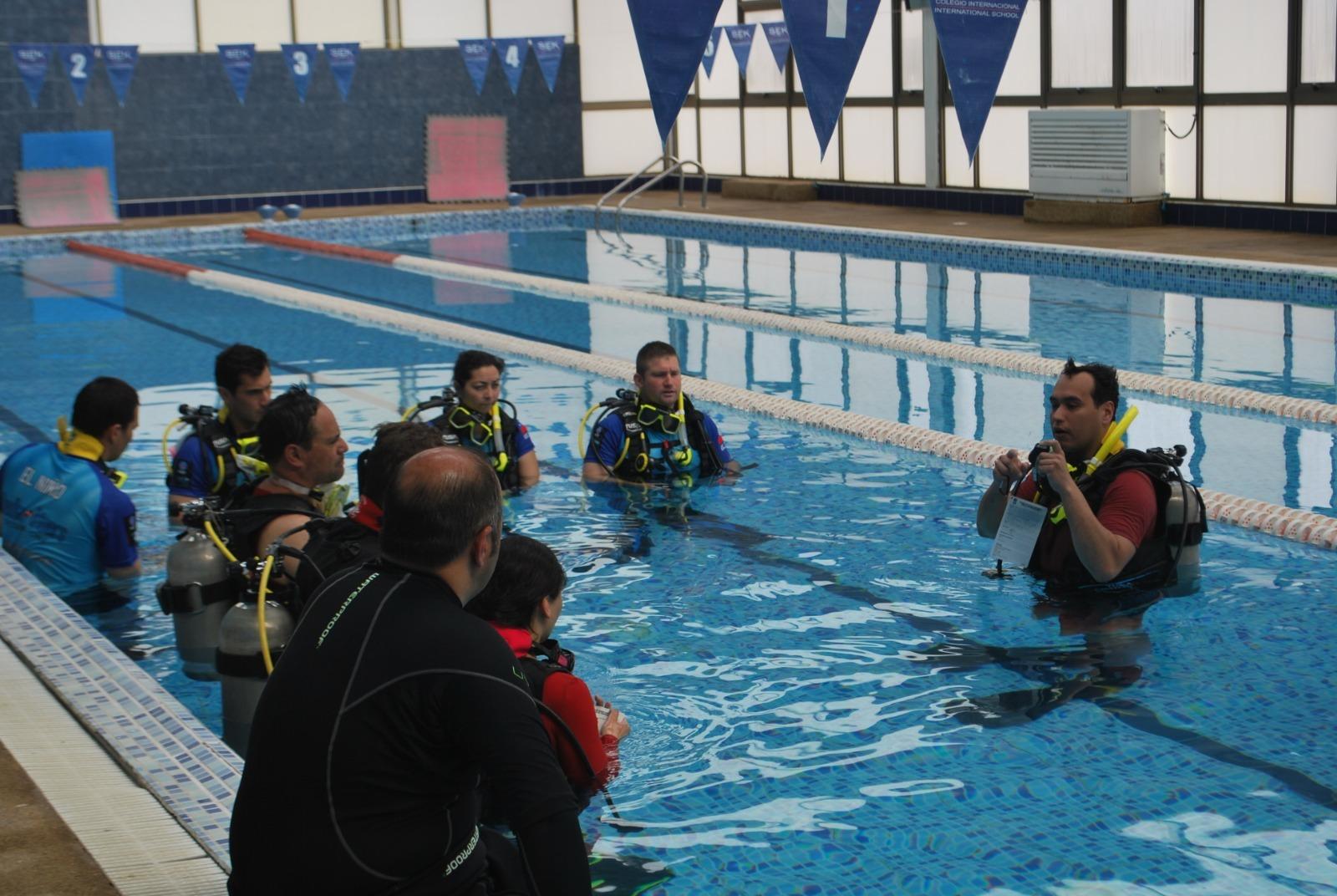 PADI Open Water Diver en Valparaíso