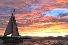 Yachts: Charter at the foot of the Golden Gate Bridge Sausalito
