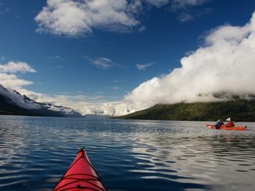 Travesía: Kayak de día completo por el Estuario de Reloncaví