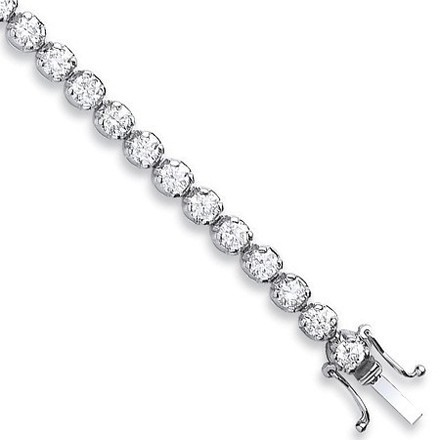 Selling: 18ct White Gold 4.00ct Diamond Tennis Bracelet