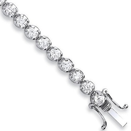 Selling: 18ct White Gold 7.00ct Diamond Tennis Bracelet