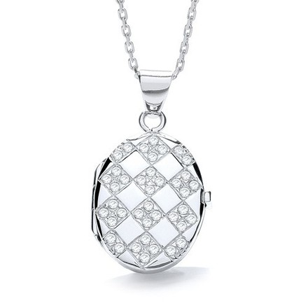 Selling: Oval Shape with Design of Cz's Locket