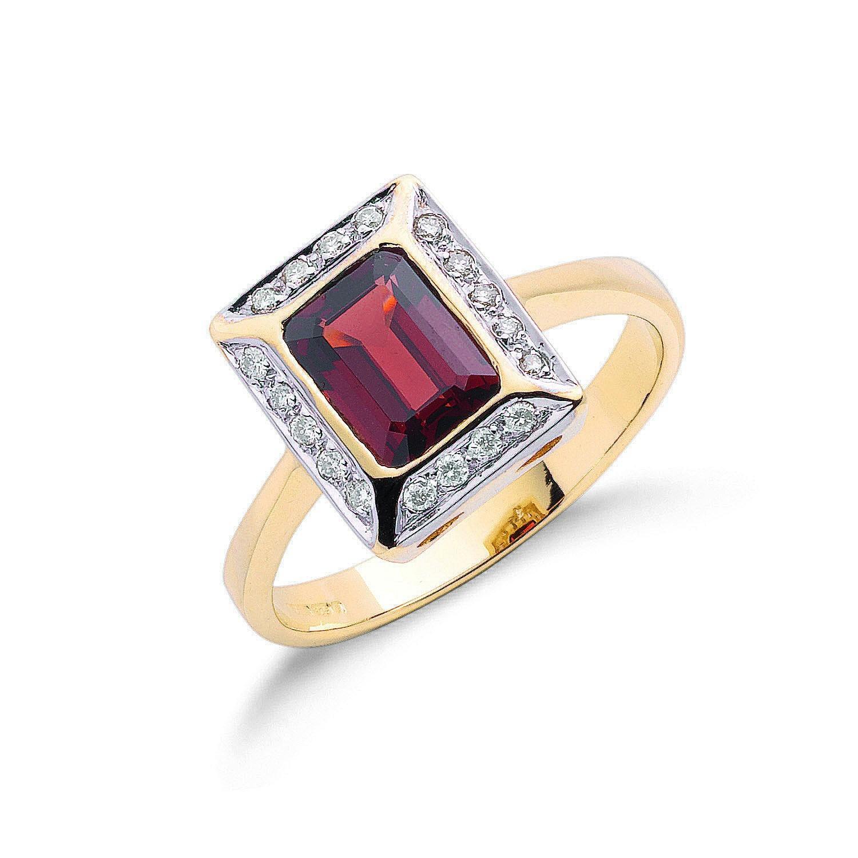 9ct Y/G 0.12ct Diamond & 1.90ct Garnet Ring