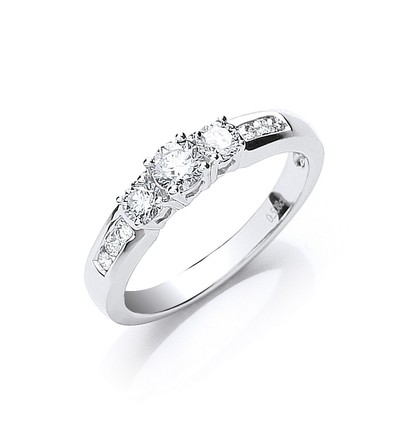 Selling: 18ct White Gold 0.50ct Trilogy Ring With Diamond Shoulders