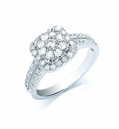 Selling: 18ct White Gold 0.90ct Fancy Diamond Ring