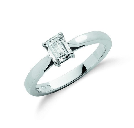Selling: 18ct White Gold 0.50ct Emerald Cut Diamond Engagement Ring