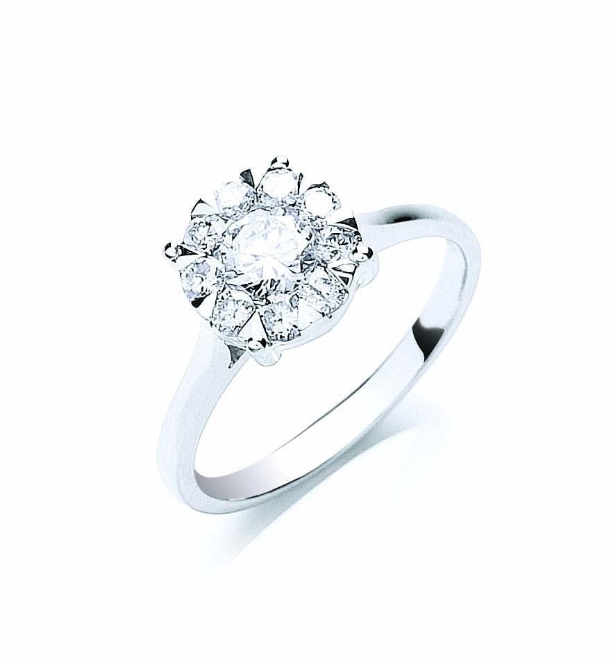 18ct White Gold 0.75ct Illusion Set Diamond Ring