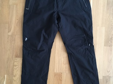 Sälj: Peak Performance shell pants