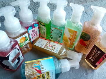 Sell: Bath & Body Works Handsoap