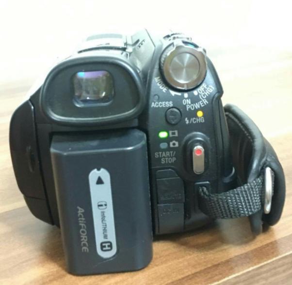 Sony HDR-SR7 Видео камер 60gb Үнэ:400,000₮ Утас:80820332
