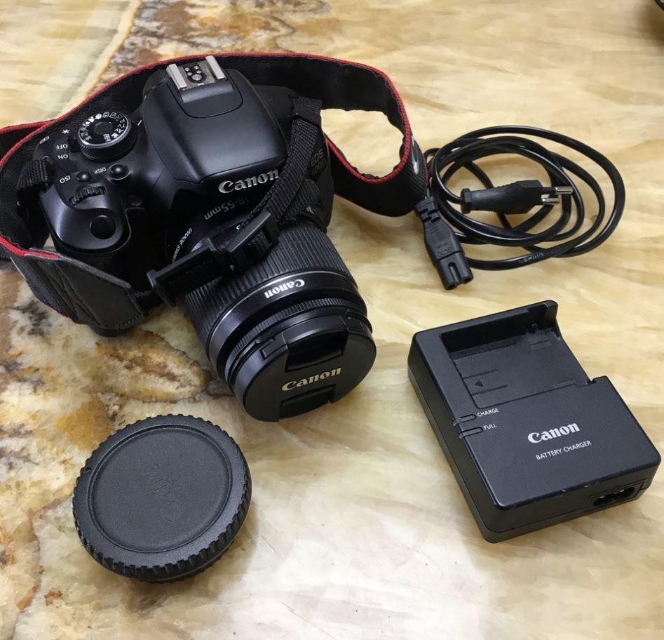 Canon 600d дижитал аппарат зарна. Үнэ: 500,000₮ Утас: 89721404