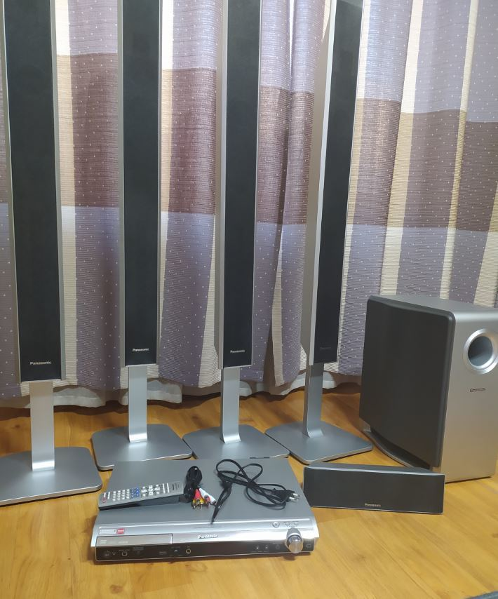 Panasonic брэндийн Home theater зарна. Үнэ:650,000₮ Утас:86110130