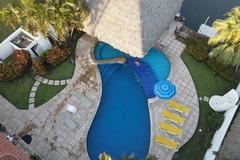 Renta de Propiedades: SIUMEYMAR BEACH HOUSE