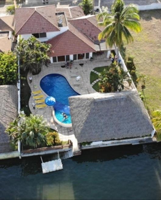 SIUMEYMAR BEACH HOUSE