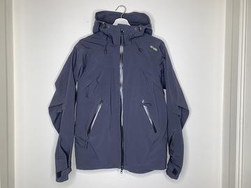 Selling: Sinaia Shell Jacket