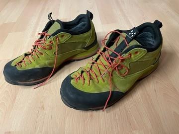 Selling: Haglöfs Approach Footwear