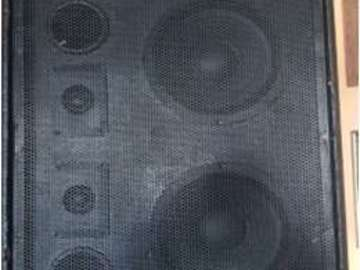 "Hourly Rental: Dual 8"" Passive Speaker with Tweeters and Stand (set of 2)"