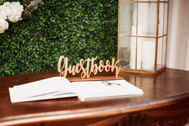 Nightly rental: Wooden Rose Gold Guestbook Sign