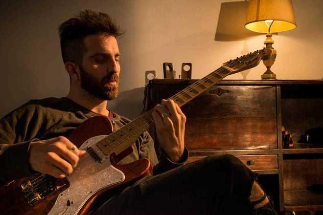 Publicar: Grabación de Guitarras Online