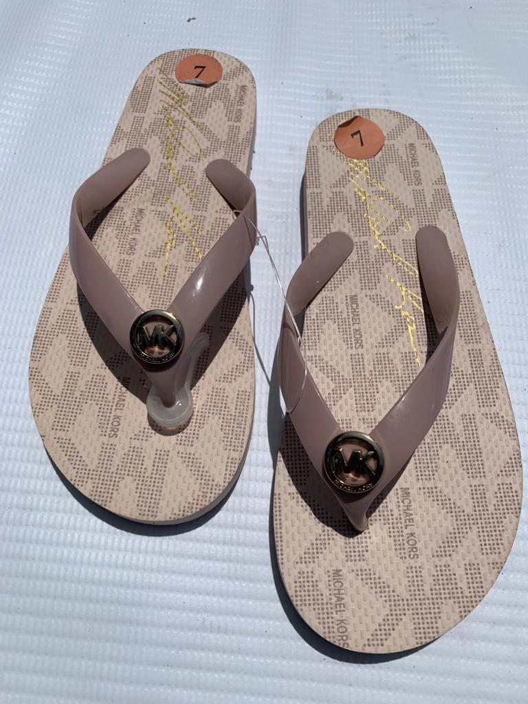 Michael Kors Slippers (size 7)