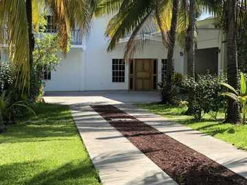 Rentals: Casa Palmeras Salinitas