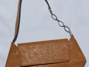 Sell: Styled Tan Leather Purse