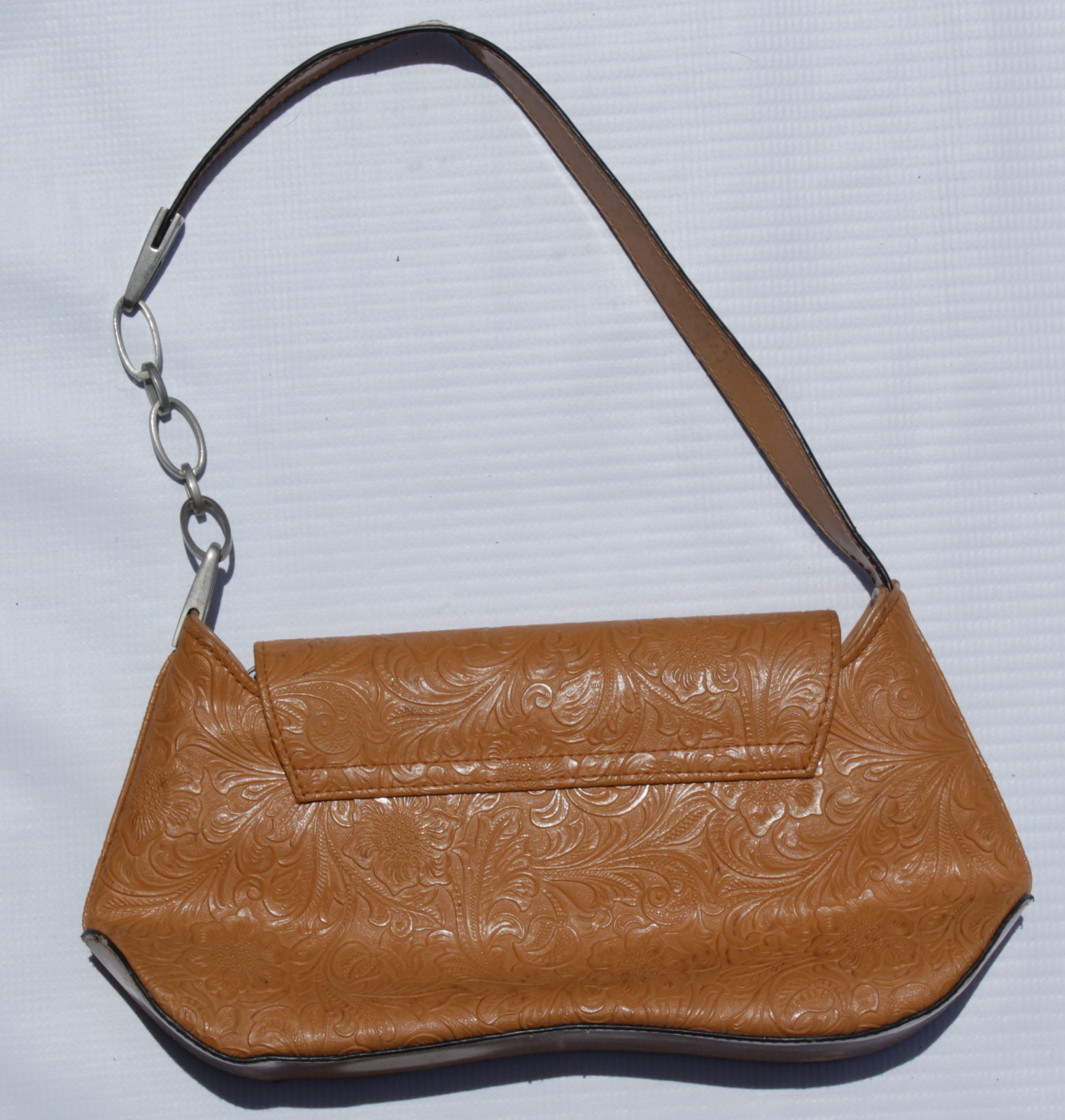 Styled Tan Leather Purse