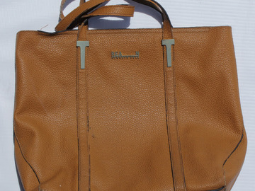 Sell: Tan Kenneth Cole Handbag