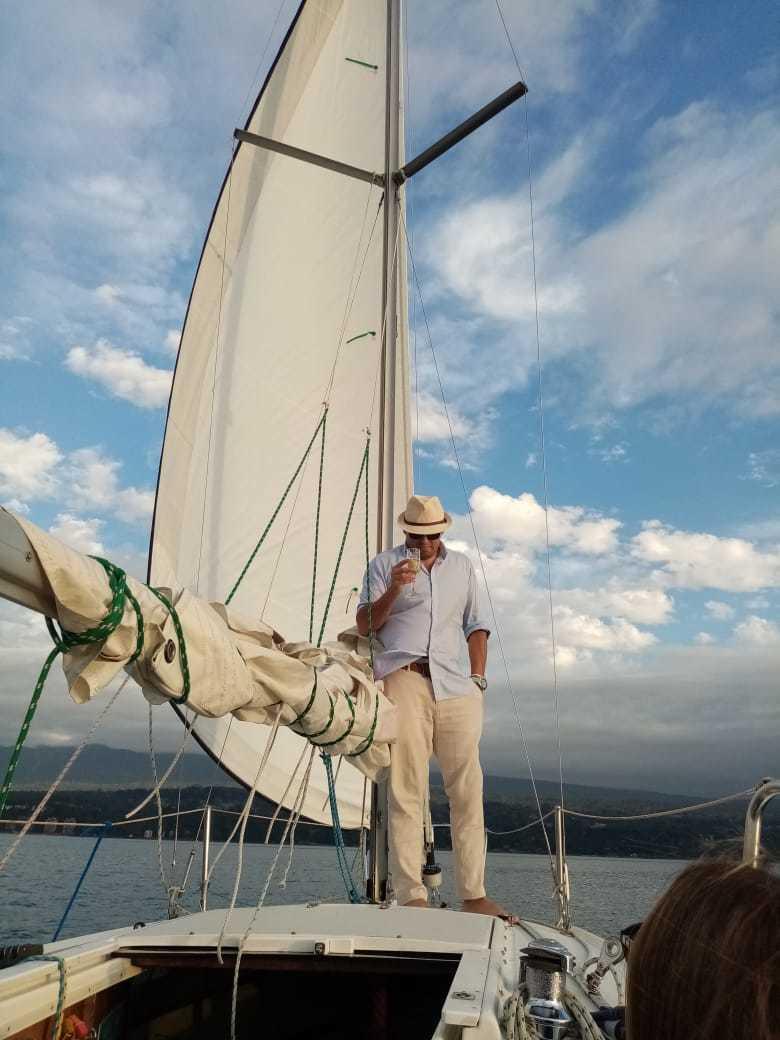 Navegación a Vela por el Lago Villarrica, Pucón.