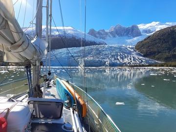 Otra: Travesía por los Glaciares del Canal Beagle (7 días/6 noches)