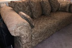 Sell: 3 Piece Sofa Set