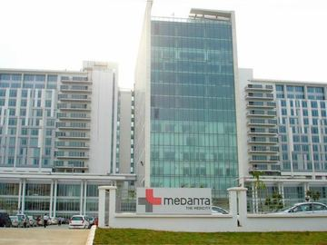 Stay Near Hospital: Medanta Hospital, Gurgaon