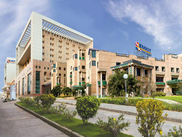 Stay Near Hospital: MIOT, Chennai