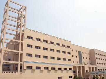 Stay Near Hospital: Apollo Gleneagles Hospital, Kolkata