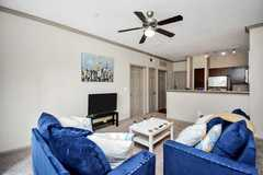 Renting out with online payment: ★Cozy in Midtown Houston★WiFi★CityLife ★Parking