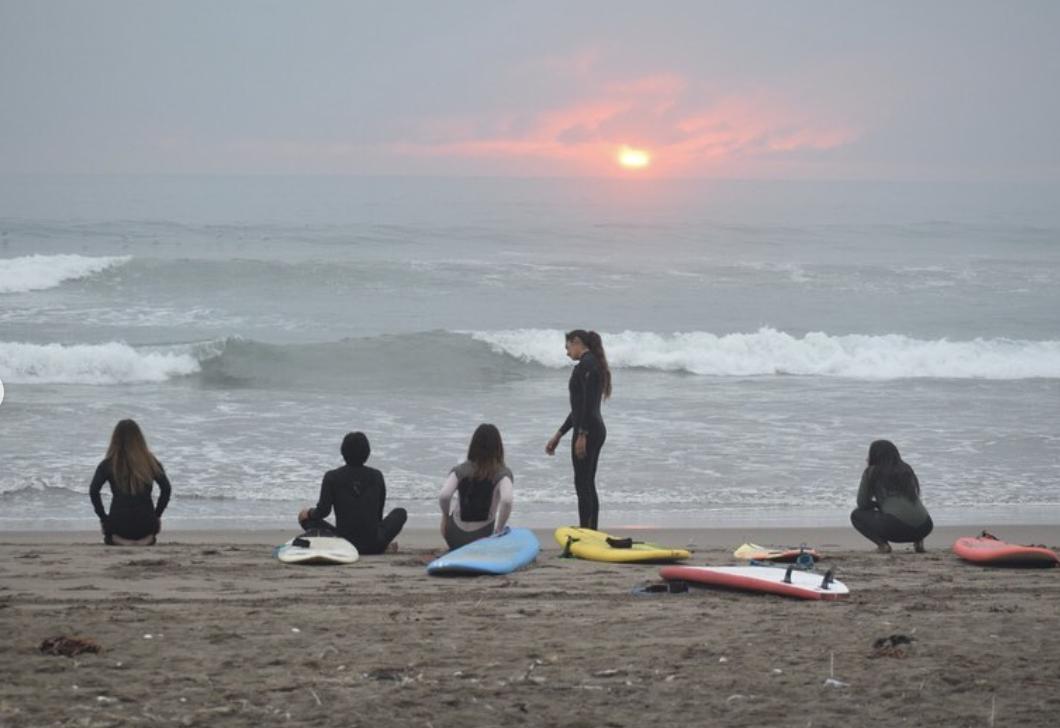 Clase Avanzada de Surf en La Serena