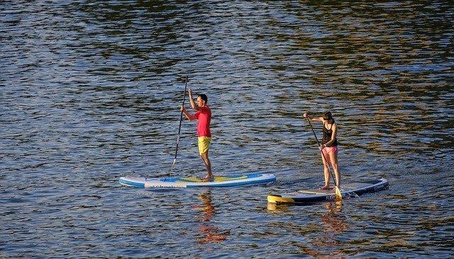 Clase de Stand-Up Paddle (SUP) en Matanzas